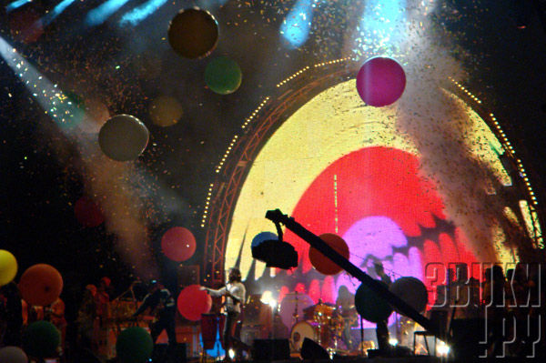 The Flaming Lips. Glastonbury 2010