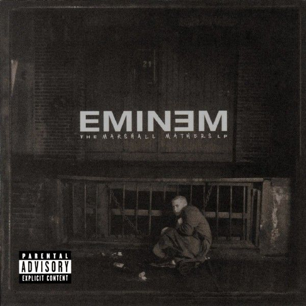 ОБЛОЖКА: The Marshall Mathers LP