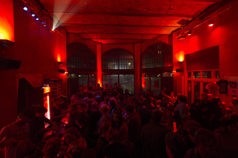 Свингер клуб берлина 9 фотография